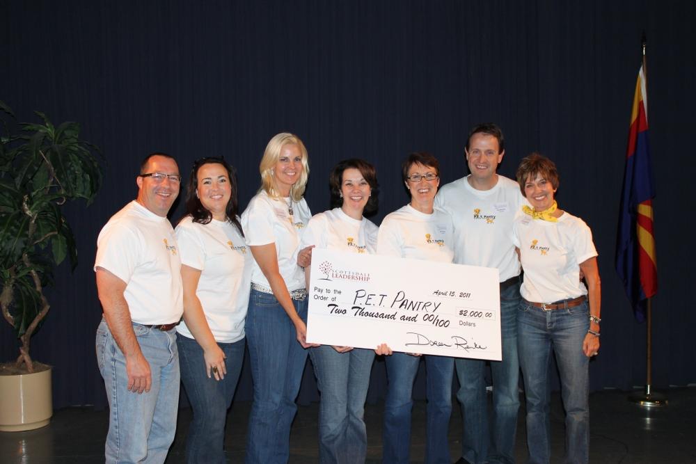 Scottsdale Leadership Class XXV Pays it Forward